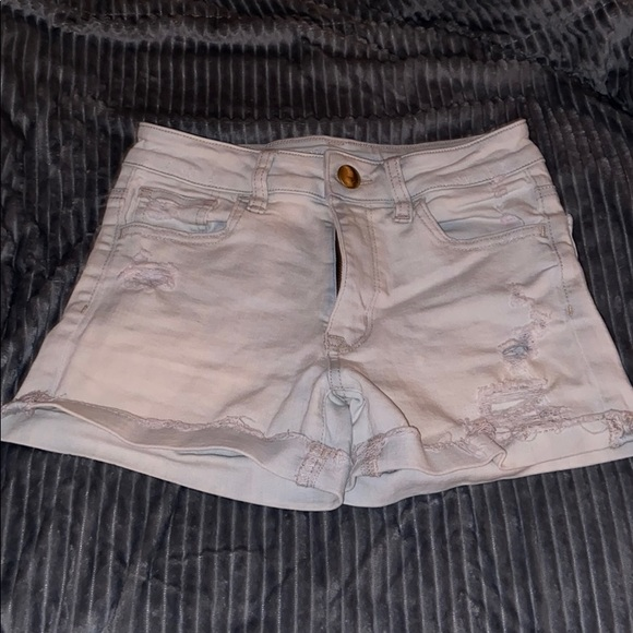 American Eagle Outfitters Pants - Hi-rise shortie shorts